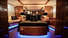 Lady Pamela Boat VIP cabin