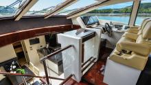 AWOL boat charter