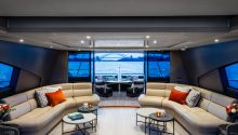 Privacy yacht main deck