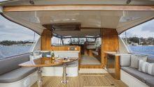 Felix boat rear deck